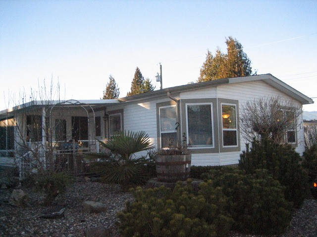 "Main Photo: 22 6338 VEDDER Road in Sardis: Sardis East Vedder Rd Manufactured Home for sale in ""Maple Meadows"" : MLS® # H1400317"