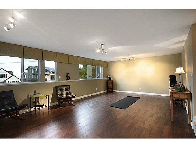 "Photo 19: 2557 LAWSON Avenue in West Vancouver: Dundarave House for sale in ""DUNDARAVE"" : MLS® # V1044897"