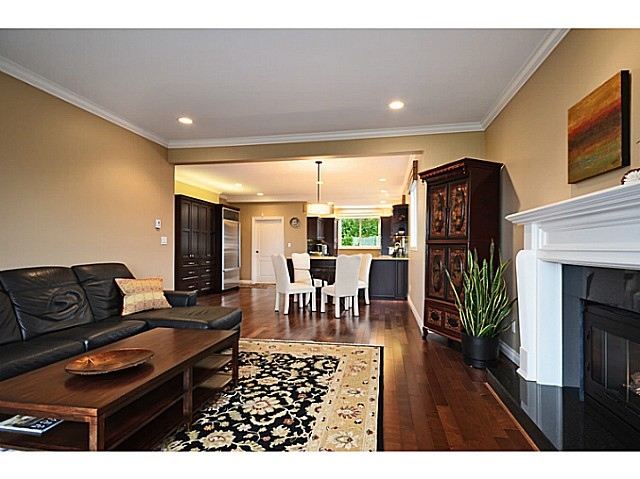 "Photo 10: 2557 LAWSON Avenue in West Vancouver: Dundarave House for sale in ""DUNDARAVE"" : MLS® # V1044897"