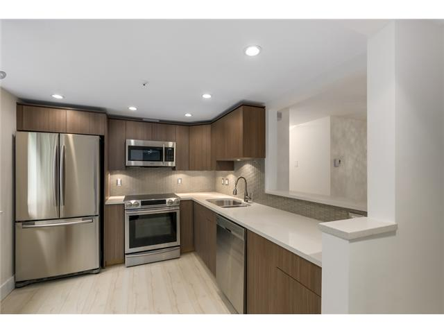 "Photo 2: 101 789 W 16TH Avenue in Vancouver: Fairview VW Condo for sale in ""Sixteen Willows"" (Vancouver West)  : MLS(r) # V1087603"