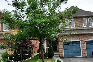 Main Photo: 18 Native Landing Crest in Brampton: Fletcher's Creek Village House (2-Storey) for sale : MLS® # W3126472