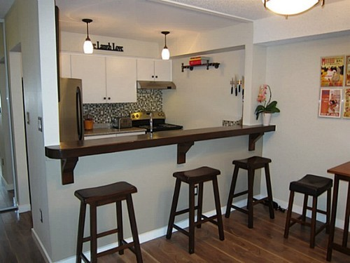 Photo 2: 107 1040 BROADWAY Other E in Vancouver East: Mount Pleasant VE Home for sale ()  : MLS® # V1042765
