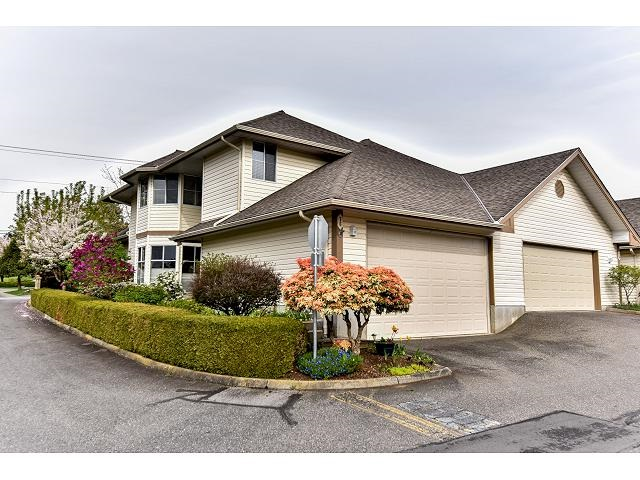 "Main Photo: 76 6140 192 Street in Surrey: Cloverdale BC Townhouse for sale in ""THE ESTATES AT MANOR RIDGE"" (Cloverdale)  : MLS®# R2057891"