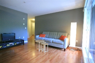 "Main Photo: 209 189 ONTARIO Place in Vancouver: Main Condo for sale in ""Mayfair"" (Vancouver East)  : MLS® # R2088407"