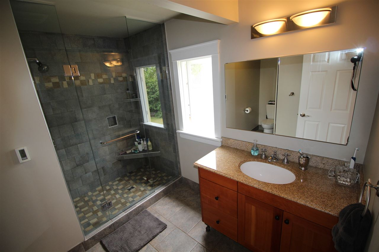Photo 10: 714 FIFTH Street in New Westminster: GlenBrooke North House for sale : MLS® # R2102511