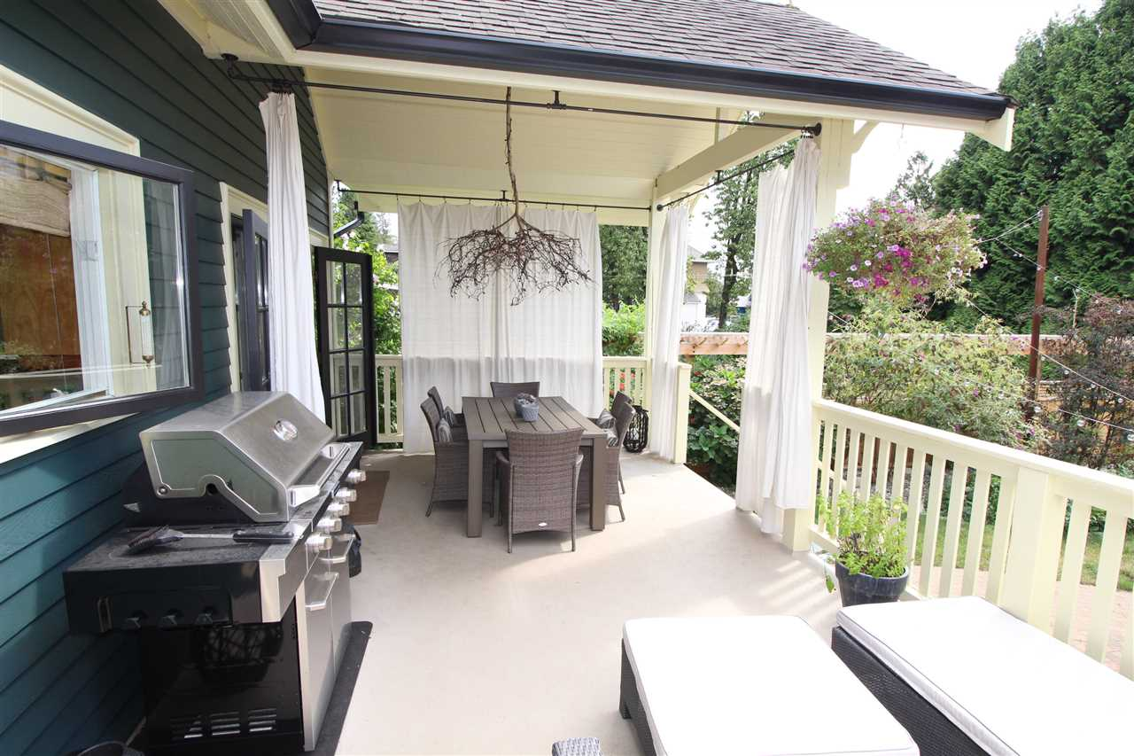 Photo 4: 714 FIFTH Street in New Westminster: GlenBrooke North House for sale : MLS® # R2102511