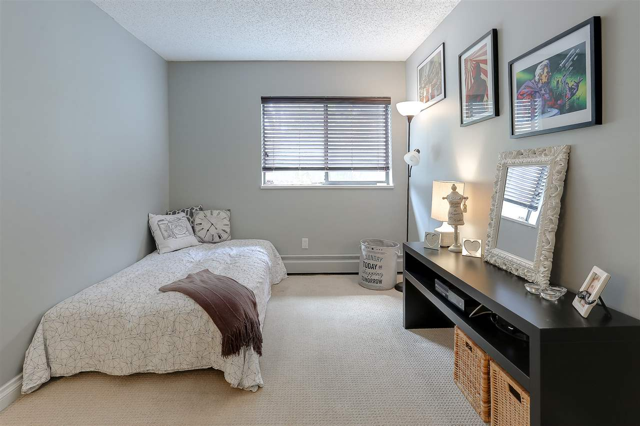 "Photo 17: 208 13316 OLD YALE Road in Surrey: Whalley Condo for sale in ""YALE HOUSE"" (North Surrey)  : MLS(r) # R2156355"