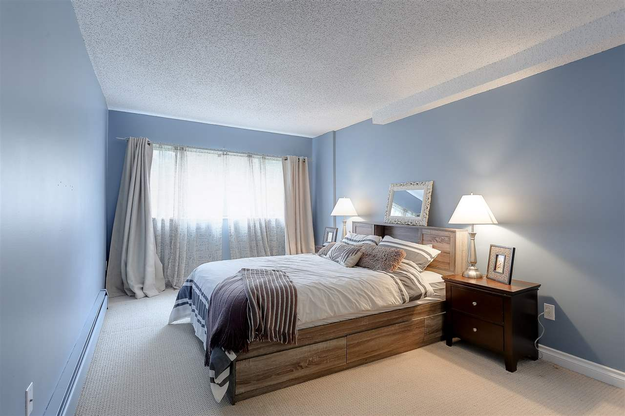 "Photo 14: 208 13316 OLD YALE Road in Surrey: Whalley Condo for sale in ""YALE HOUSE"" (North Surrey)  : MLS(r) # R2156355"