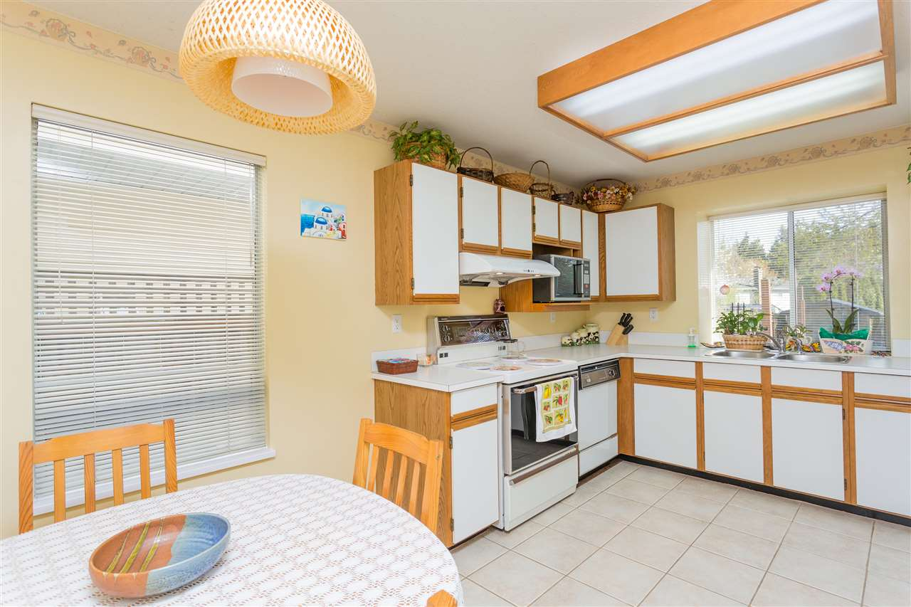 Photo 6: 3445 MANNING Place in North Vancouver: Roche Point House for sale : MLS® # R2161710