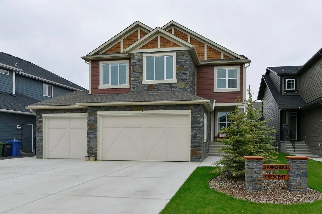 Main Photo: 3 RANCHERS Crescent: Okotoks House for sale : MLS(r) # C4117172