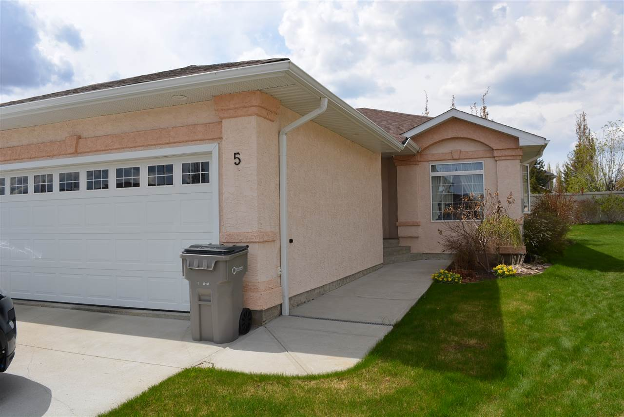 Main Photo: 5 Willow Park Villas: Stony Plain House Duplex for sale : MLS(r) # E4065129