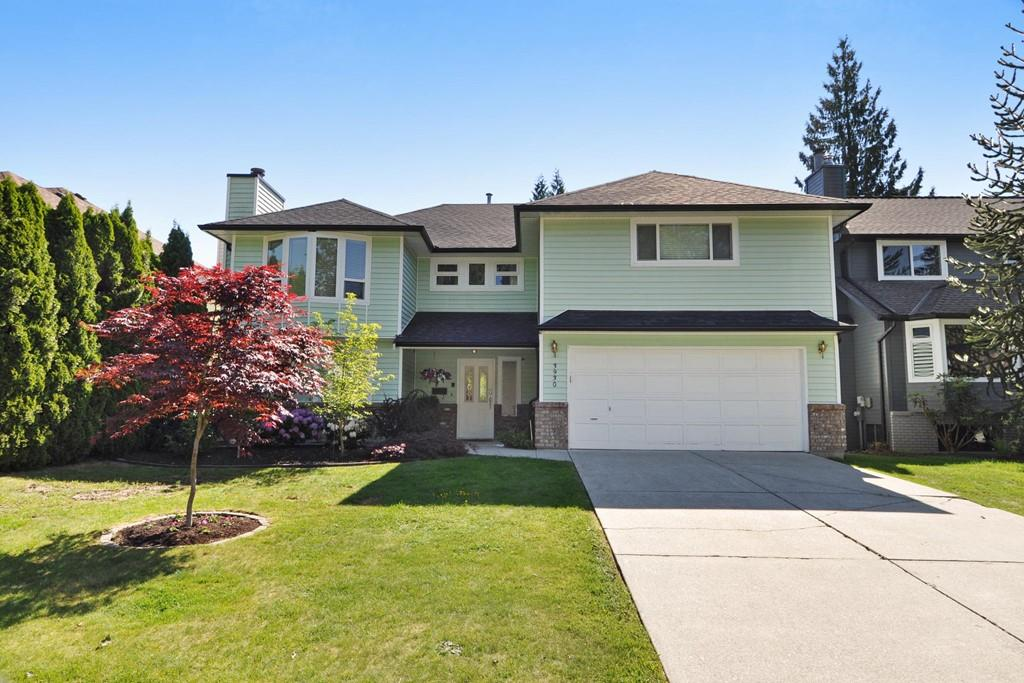 Main Photo: 3930 ROBIN Place in Port Coquitlam: Oxford Heights House for sale : MLS® # R2168956
