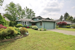 "Main Photo: 11144 BRIDLINGTON Drive in Delta: Nordel House for sale in ""ROYAL YORK"" (N. Delta)  : MLS(r) # R2169637"