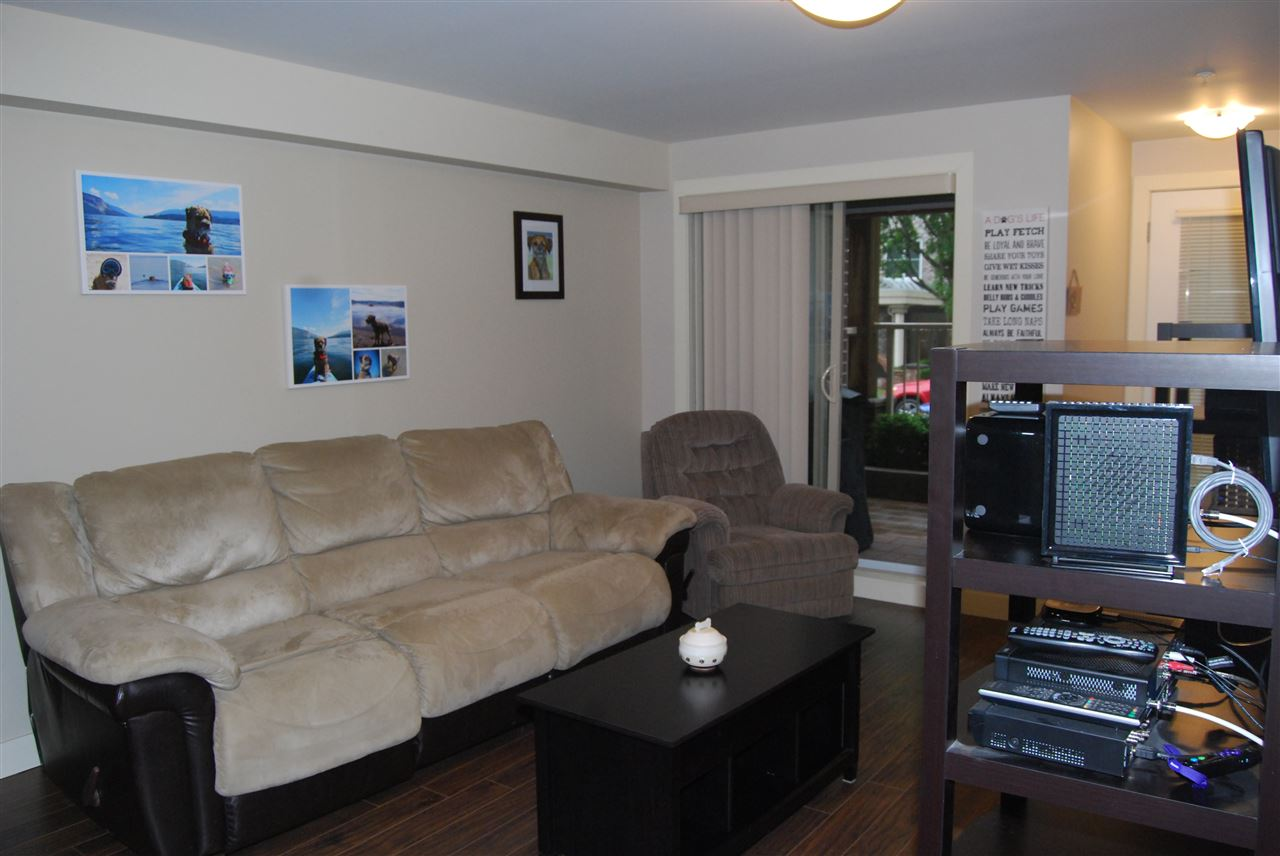 "Photo 4: 104 2228 WELCHER Avenue in Port Coquitlam: Central Pt Coquitlam Condo for sale in ""STATION HILL"" : MLS® # R2178613"