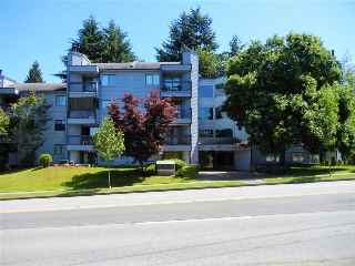 "Main Photo: 313 10530 154 Street in Surrey: Guildford Condo for sale in ""Creekside Place"" (North Surrey)  : MLS(r) # R2181865"
