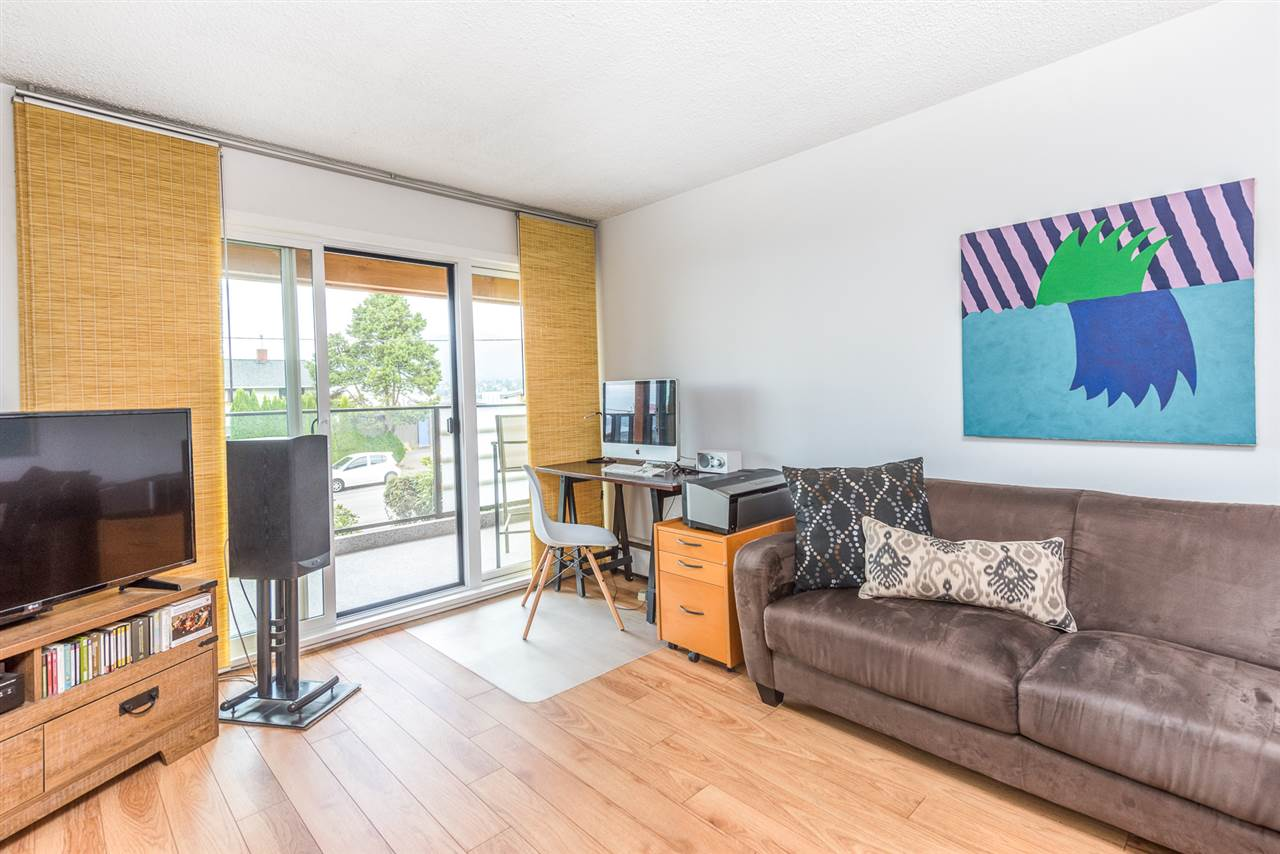 Photo 8: 205 2336 WALL Street in Vancouver: Hastings Condo for sale (Vancouver East)  : MLS® # R2192697