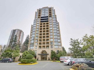"Main Photo: 603 7388 SANDBORNE Avenue in Burnaby: South Slope Condo for sale in ""MAYFAIR 2"" (Burnaby South)  : MLS® # R2237572"