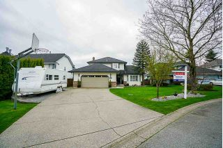 Main Photo: 18894 60B Avenue in Surrey: Cloverdale BC House for sale (Cloverdale)  : MLS®# R2256460