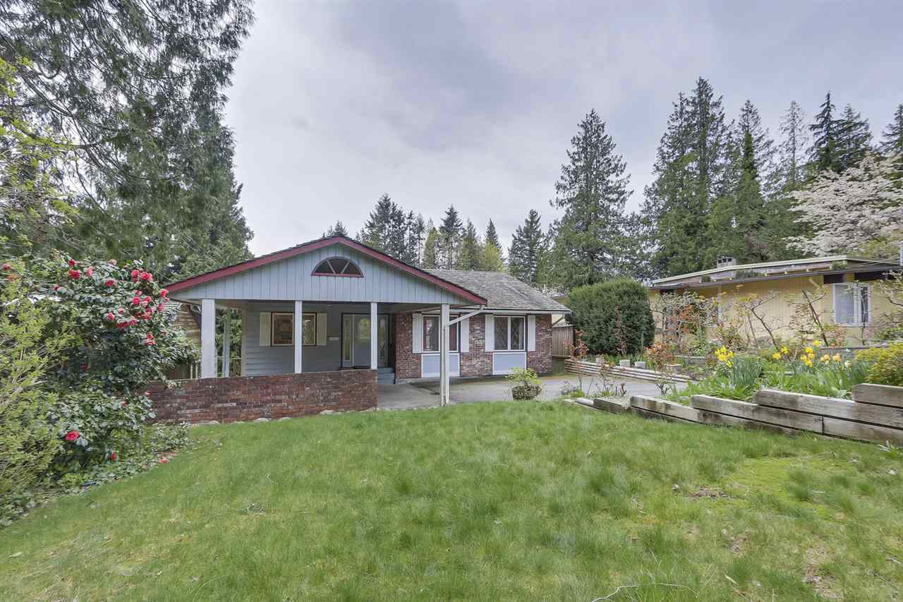 Main Photo: 6430 FOX Street in West Vancouver: Horseshoe Bay WV House for sale : MLS®# R2260326