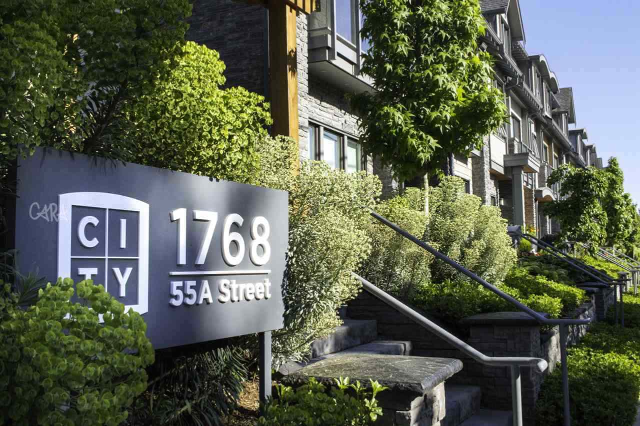 "Main Photo: 305 1768 55A Street in Tsawwassen: Cliff Drive Townhouse for sale in ""CITY HOMES NORTHGATE"" : MLS®# R2296328"