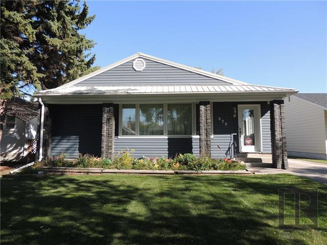 Main Photo: 679 Lindhurst Avenue in Winnipeg: East Kildonan Residential for sale (3B)  : MLS®# 1826301