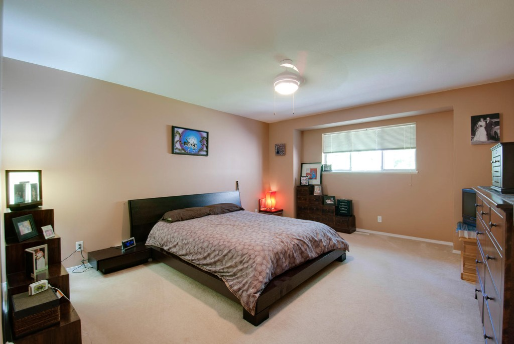 Photo 9: 45 DEERWOOD PL in Port Moody: Heritage Mountain Townhouse for sale : MLS(r) # V1018348