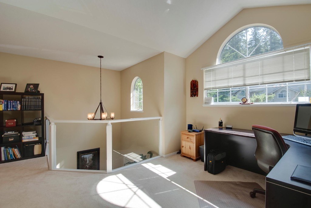 Photo 15: 45 DEERWOOD PL in Port Moody: Heritage Mountain Townhouse for sale : MLS(r) # V1018348