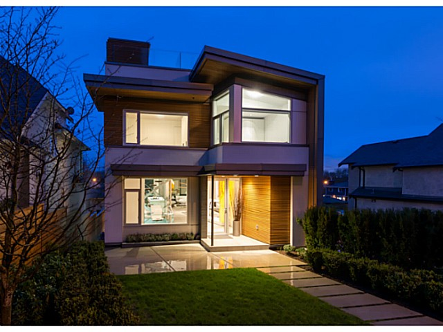 Main Photo: 3455 W 15TH Avenue in Vancouver: Kitsilano House for sale (Vancouver West)  : MLS® # V1110378