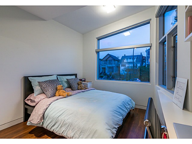 Photo 14: 3455 W 15TH Avenue in Vancouver: Kitsilano House for sale (Vancouver West)  : MLS(r) # V1110378