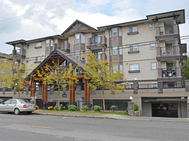 "Main Photo: 202 5488 198TH Street in Langley: Langley City Condo for sale in ""Brooklyn Wynd"" : MLS®# F1439721"