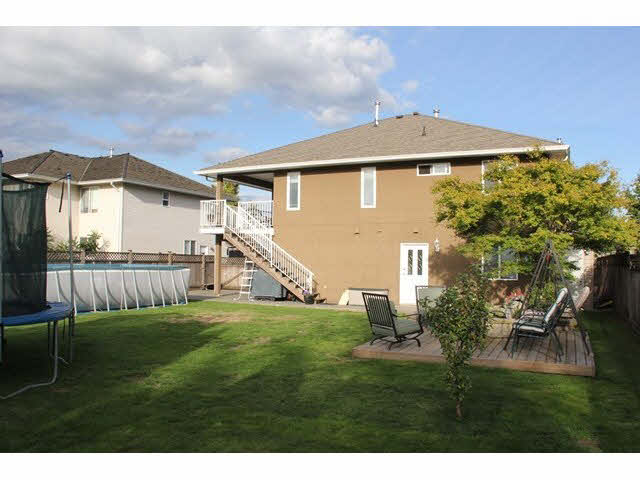 "Photo 15: 4625 222A Street in Langley: Murrayville House for sale in ""UPPER MURRAYVILLE"" : MLS(r) # F1451507"
