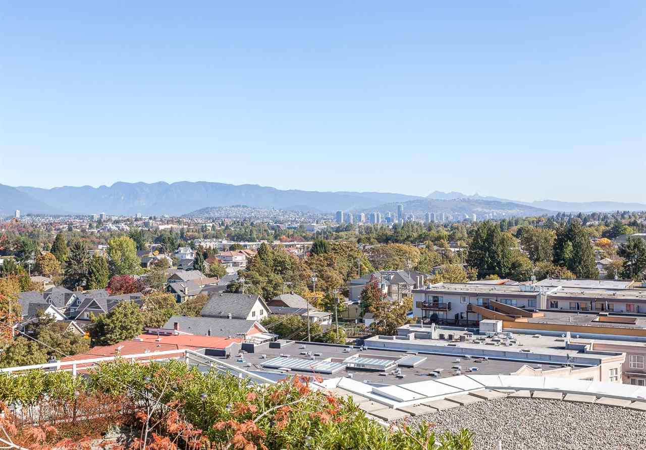 "Main Photo: 901 4028 KNIGHT Street in Vancouver: Knight Condo for sale in ""CEDAR COTTAGE"" (Vancouver East)  : MLS® # R2005193"