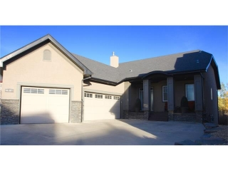 Main Photo: 39 138 TUSSLEWOOD Heights NW in Calgary: Tuscany House for sale : MLS®# C4036180