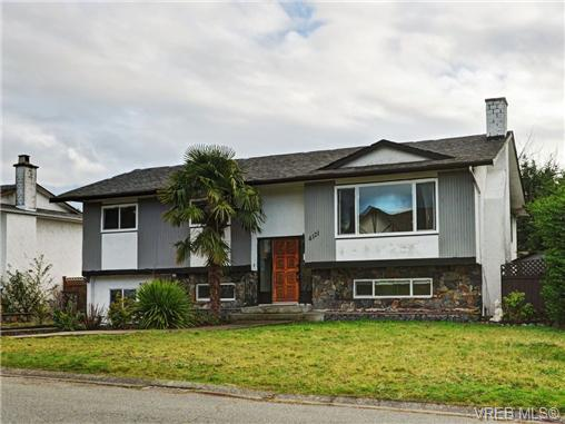 Main Photo: 4121 Cabot Place in VICTORIA: SE Lambrick Park Single Family Detached for sale (Saanich East)  : MLS® # 359648