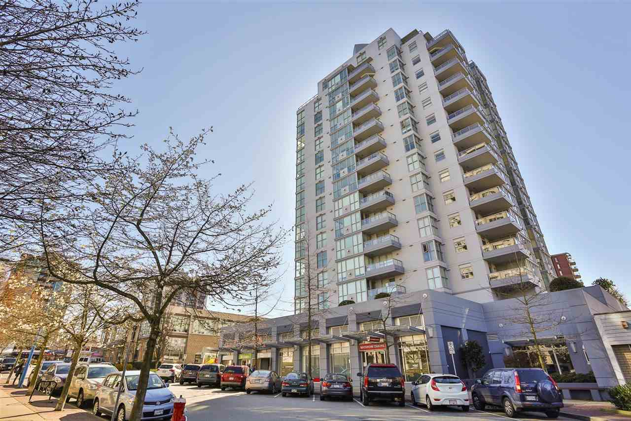 "Main Photo: 403 121 W 16TH Street in North Vancouver: Central Lonsdale Condo for sale in ""THE SILVA"" : MLS® # R2047640"