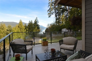 "Main Photo: 5935 TILLICUM BAY Road in Sechelt: Sechelt District House for sale in ""TILLICUM BAY"" (Sunshine Coast)  : MLS® # R2055512"