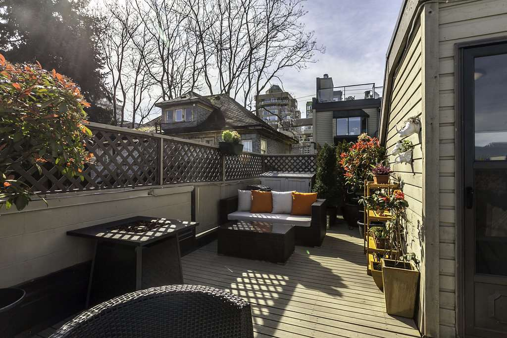 "Photo 12: 13 1263 W 8TH Avenue in Vancouver: Fairview VW Townhouse for sale in ""Birch Gardens"" (Vancouver West)  : MLS(r) # R2057035"