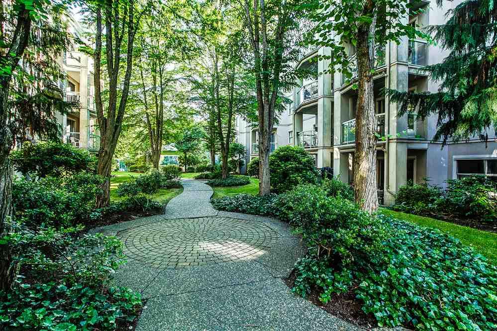 "Photo 17: 310 2615 JANE Street in Port Coquitlam: Central Pt Coquitlam Condo for sale in ""BURLEIGH GREEN"" : MLS(r) # R2077543"