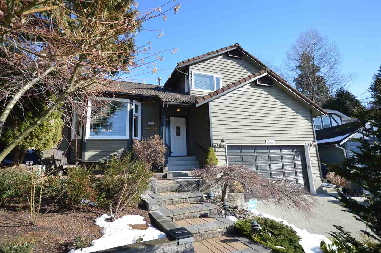 "Main Photo: 2563 PEREGRINE Place in Coquitlam: Upper Eagle Ridge House for sale in ""UPPER EAGLE RIDGE"" : MLS® # R2139479"