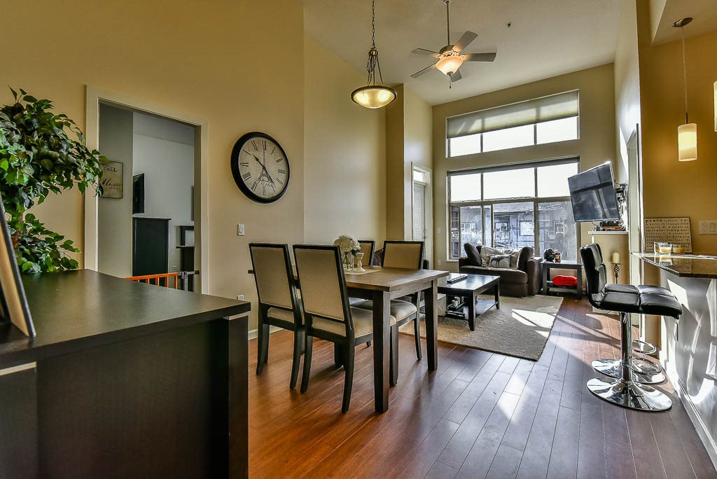 "Photo 2: 403 2477 KELLY Avenue in Port Coquitlam: Central Pt Coquitlam Condo for sale in ""SOUTH VERDE"" : MLS(r) # R2140951"