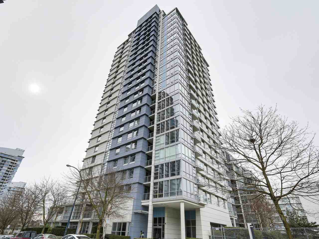 "Main Photo: 1206 638 BEACH Crescent in Vancouver: Yaletown Condo for sale in ""ICON I"" (Vancouver West)  : MLS®# R2148228"