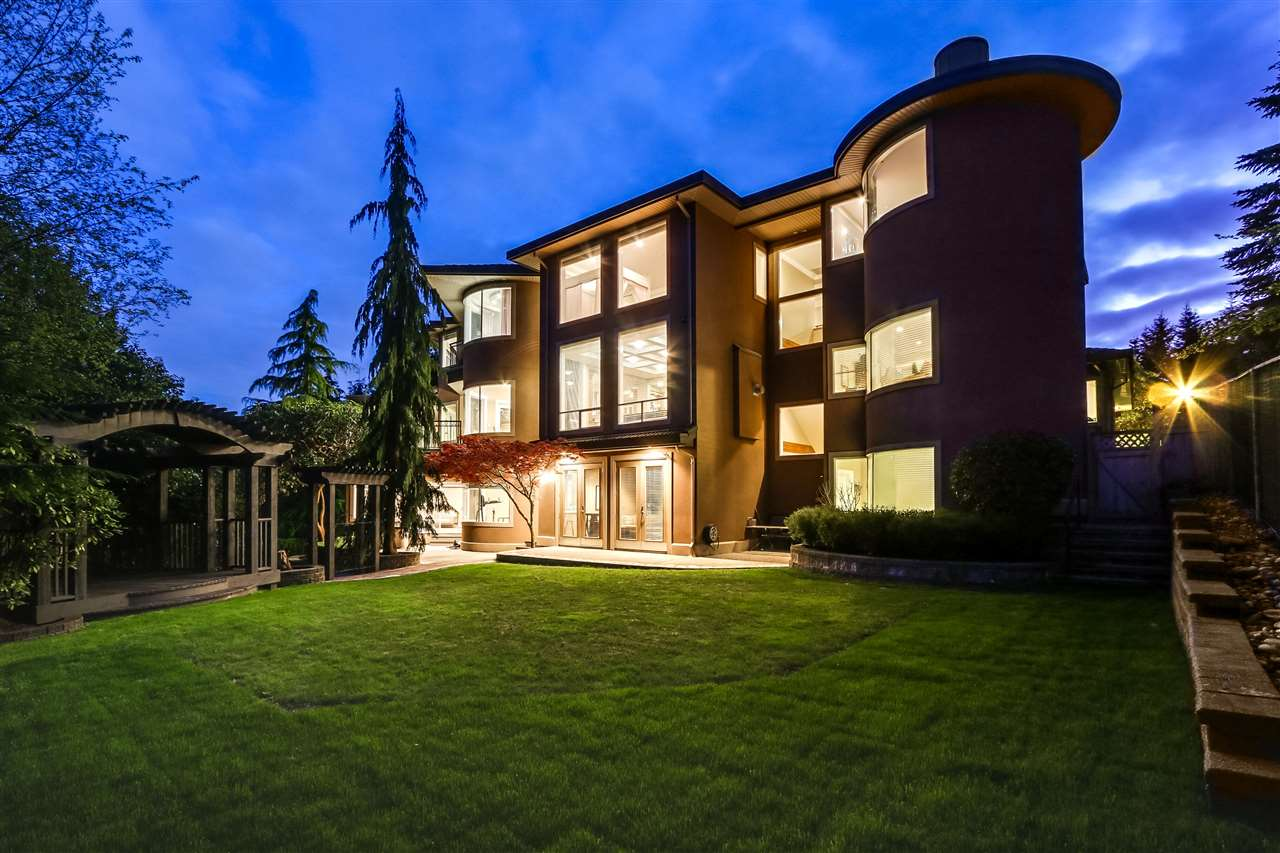 "Photo 20: 1557 ROCKCRESS Place in Coquitlam: Westwood Plateau House for sale in ""ROCKRIDGE ESTATES"" : MLS(r) # R2167376"
