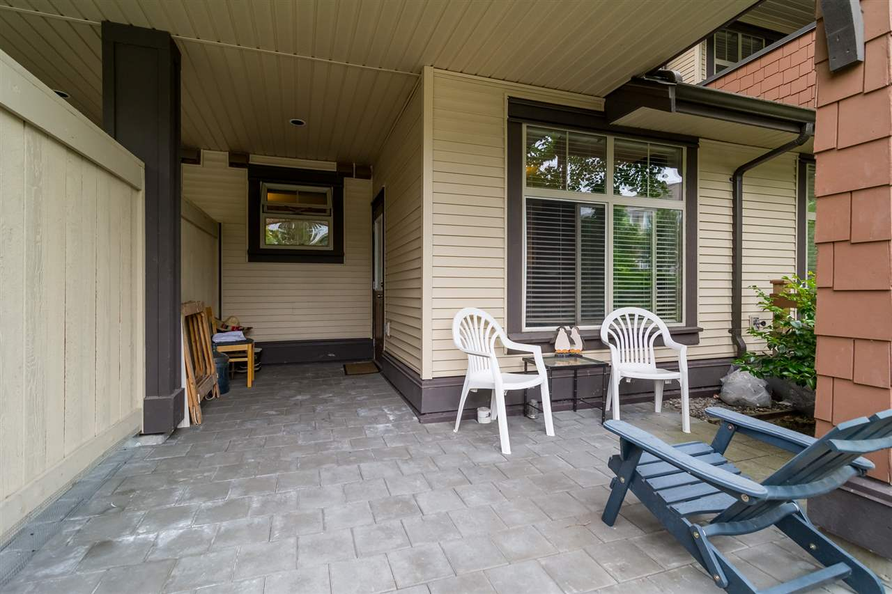 "Photo 13: 59 19478 65 Avenue in Surrey: Clayton Condo for sale in ""SUNSET GROVE"" (Cloverdale)  : MLS(r) # R2181990"
