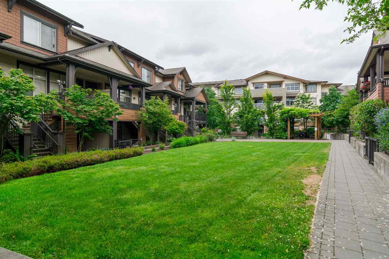 "Photo 14: 59 19478 65 Avenue in Surrey: Clayton Condo for sale in ""SUNSET GROVE"" (Cloverdale)  : MLS(r) # R2181990"