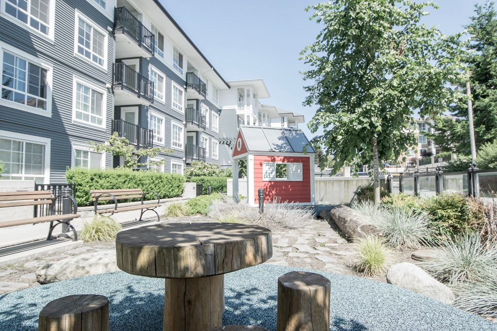 "Photo 36: 420 608 COMO LAKE Avenue in Coquitlam: Coquitlam West Condo for sale in ""GEORGIA"" : MLS® # R2184913"