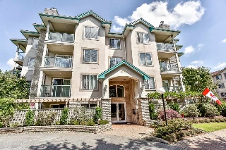 Main Photo: 404 20453 53 Avenue in Langley: Langley City Condo for sale : MLS(r) # R2186113