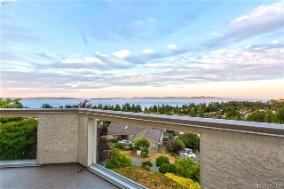 Main Photo: 4863 Stormtide Way in VICTORIA: SE Cordova Bay Single Family Detached for sale (Saanich East)  : MLS(r) # 381037