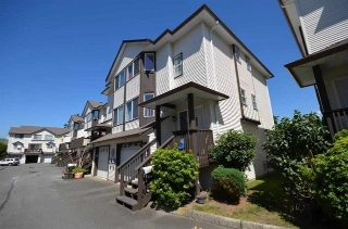 Main Photo: 41 45740 THOMAS Road in Sardis: Vedder S Watson-Promontory Townhouse for sale : MLS® # R2196472