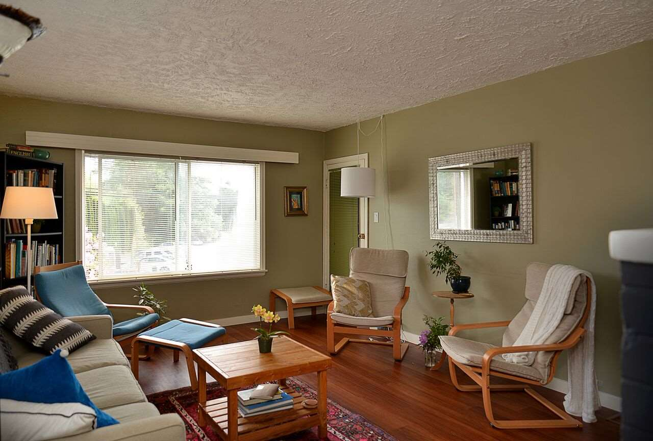 Photo 6: Photos: 456 GOWER POINT Road in Gibsons: Gibsons & Area House for sale (Sunshine Coast)  : MLS®# R2219506