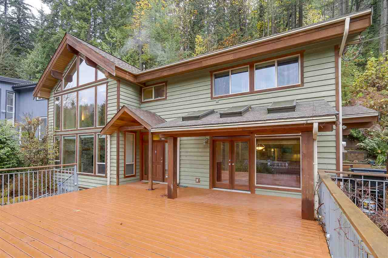 Main Photo: 1880 RIVERSIDE Drive in North Vancouver: Seymour NV House for sale : MLS® # R2221043